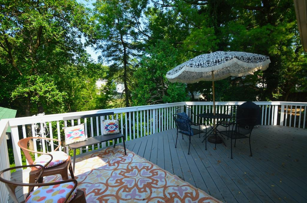 New large 'treetop' deck was constructed in 2017 and overlooks the back yard.