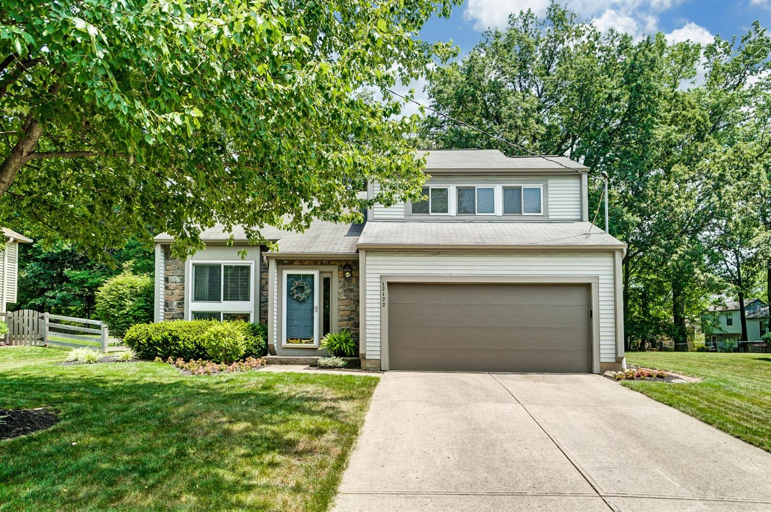 Property for sale at 12122 Stillwind Drive, Sycamore Twp,  Ohio 45249