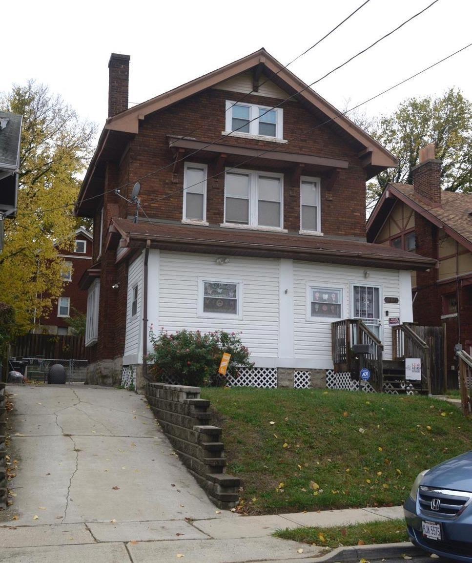 Property for sale at 2119 Burnet Avenue, Cincinnati,  Ohio 45219