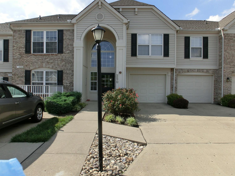 Property for sale at 250 Postoak Lane Unit: K, Milford,  Ohio 45150