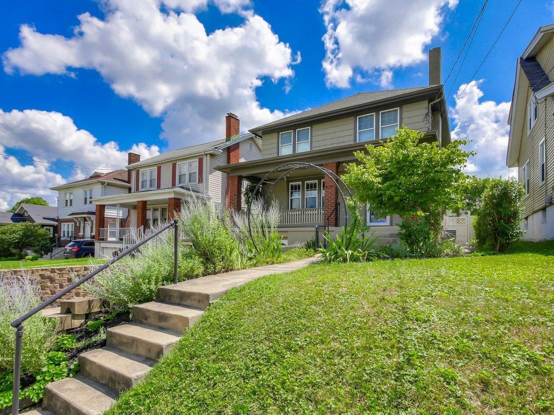 Property for sale at 3570 Vista Avenue, Cincinnati,  Ohio 45208