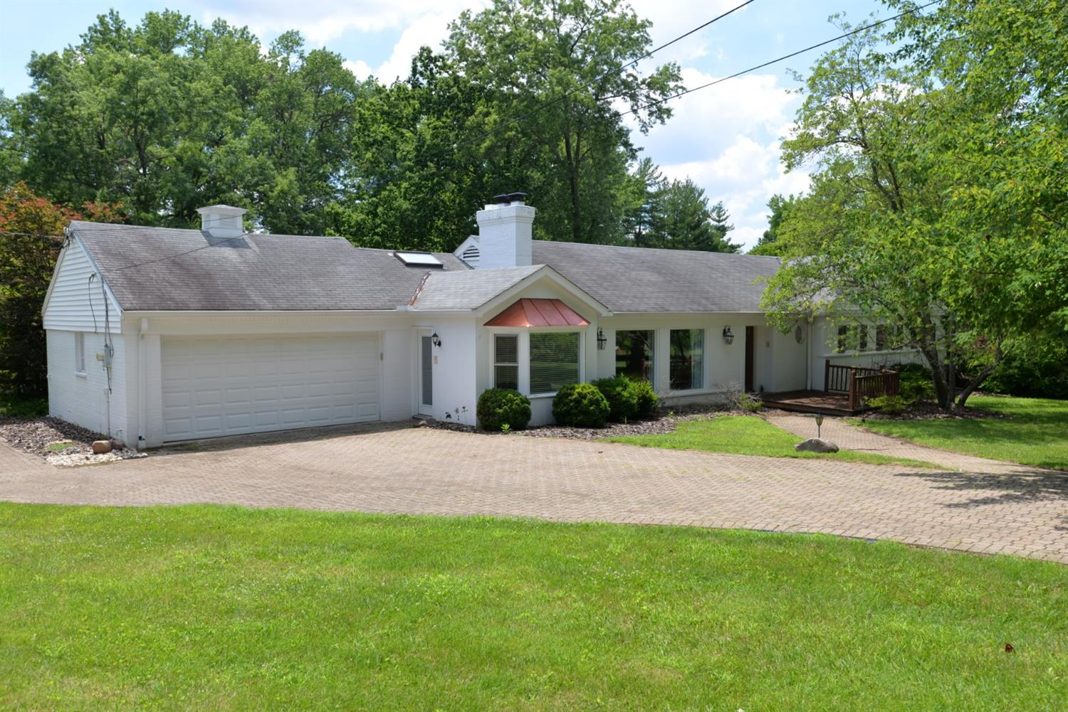 Property for sale at 7675 Cayuga Drive, Indian Hill,  Ohio 45243