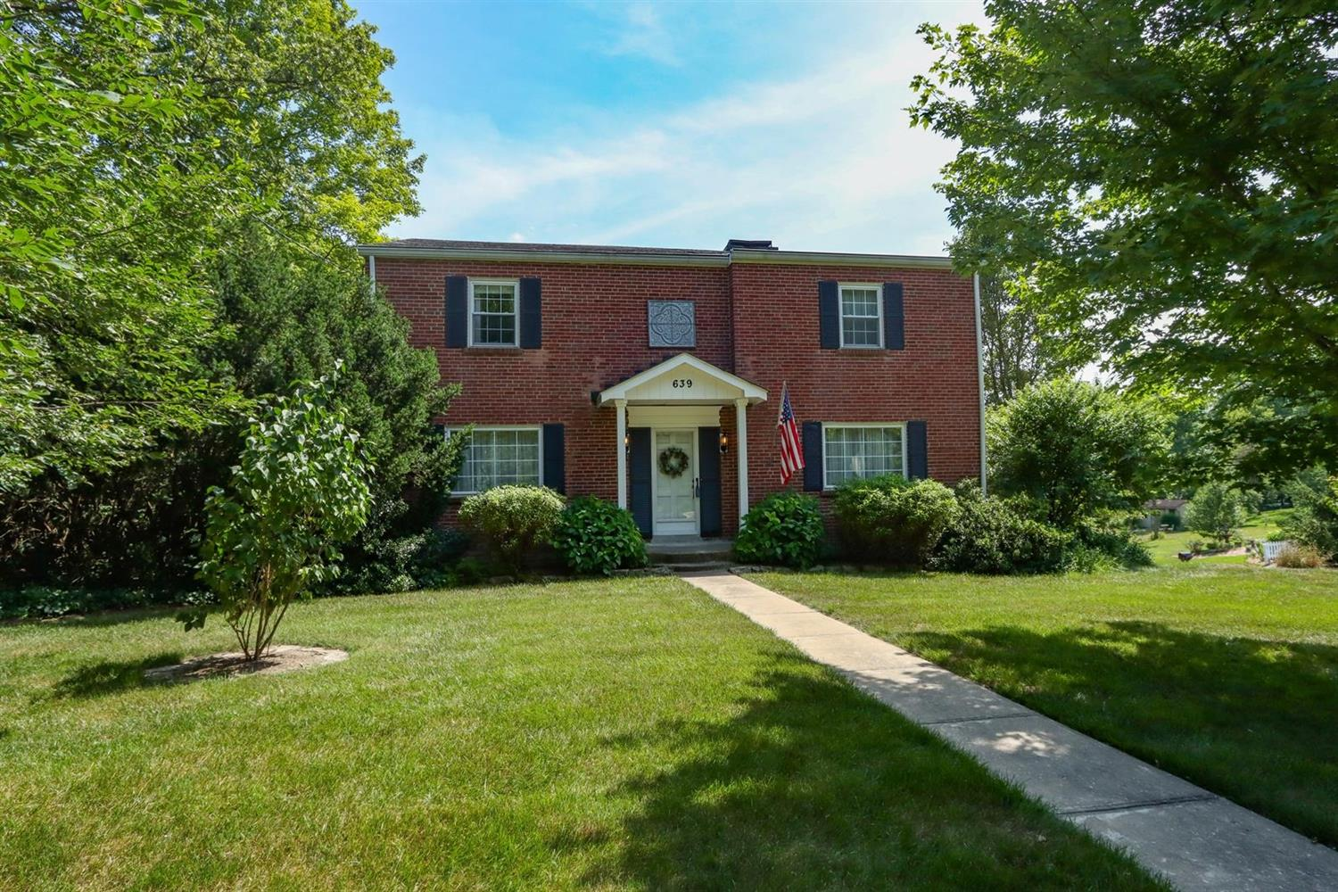 Property for sale at 639 Christopal Drive, Springfield Twp.,  Ohio 45231