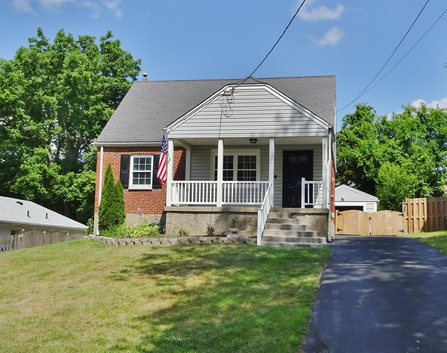 Property for sale at 8572 Wicklow Avenue, Sycamore Twp,  Ohio 45236