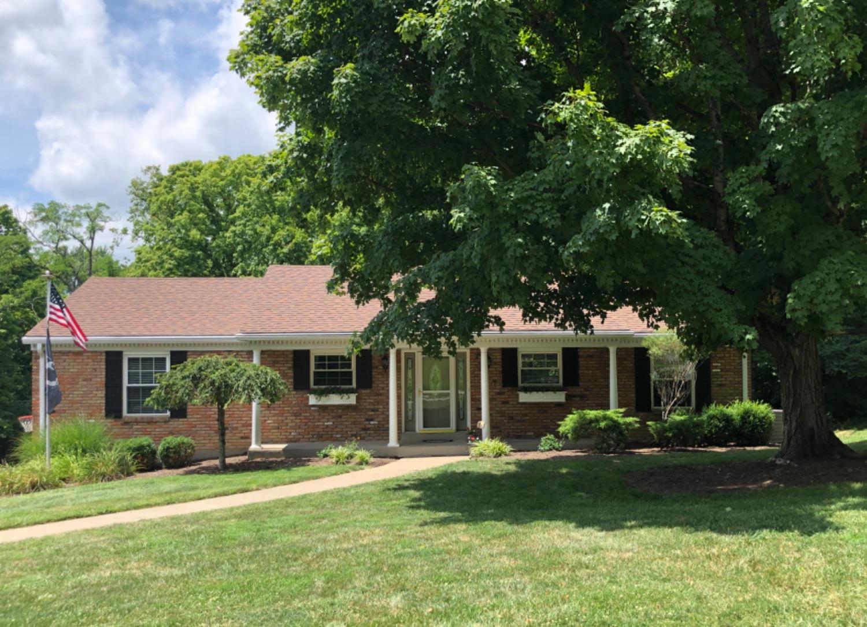 Property for sale at 5677 Oakvista Drive, Madeira,  Ohio 45227