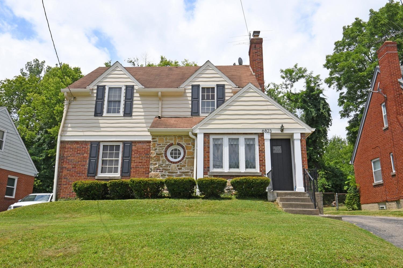 Property for sale at 6823 Elwynne Drive, Cincinnati,  Ohio 45236