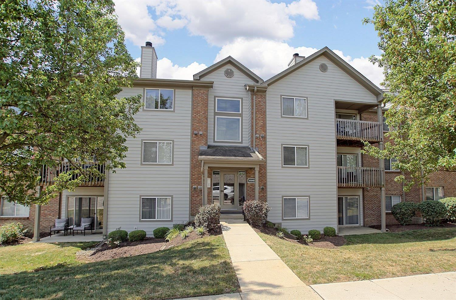 Property for sale at 8945 Eagleview Drive Unit: 9, West Chester,  Ohio 45069