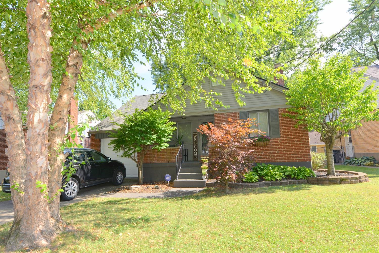 Property for sale at 3811 Gatewood Lane, Silverton,  Ohio 45236