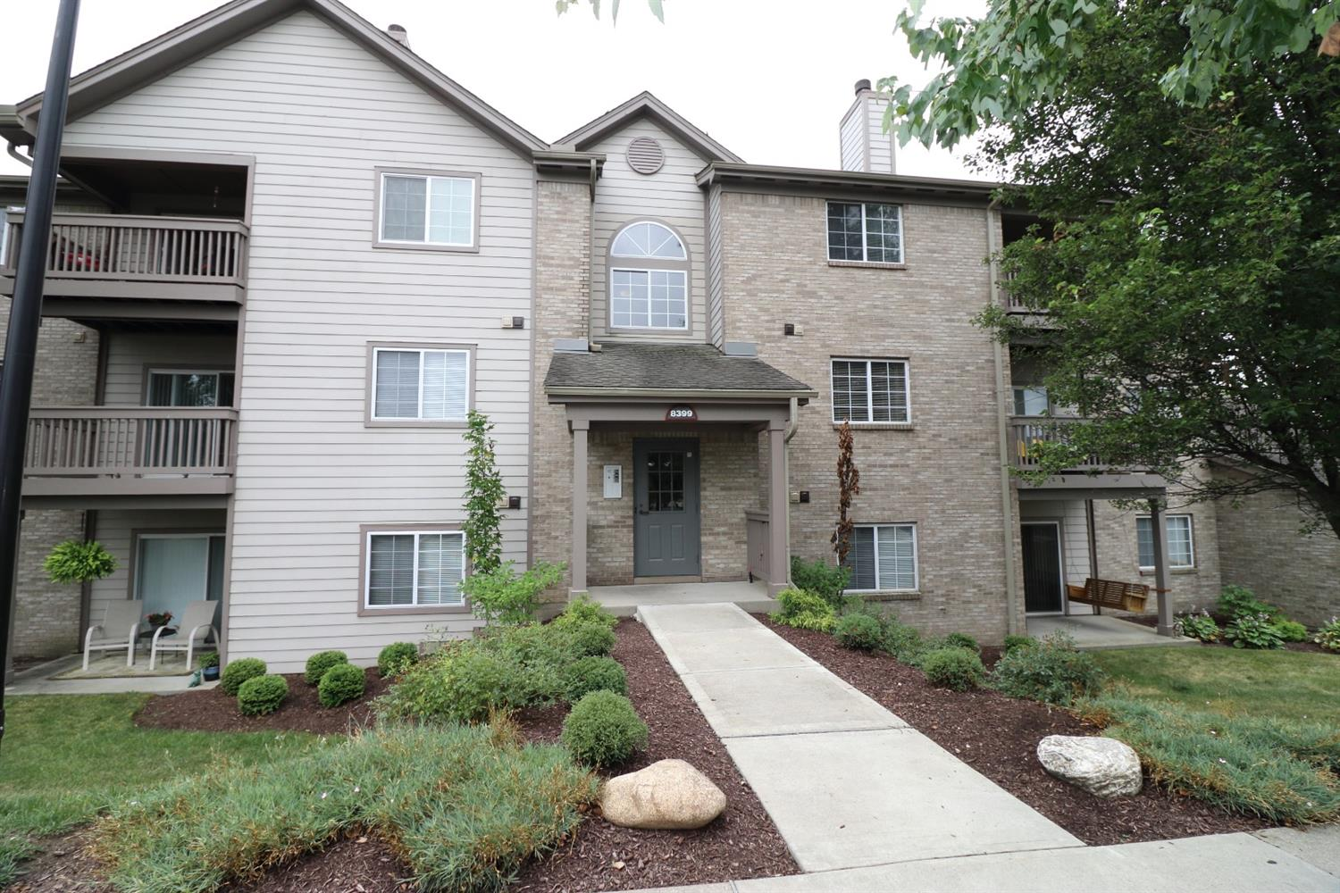 Property for sale at 8399 Spring Valley Court Unit: 206, West Chester,  Ohio 45069