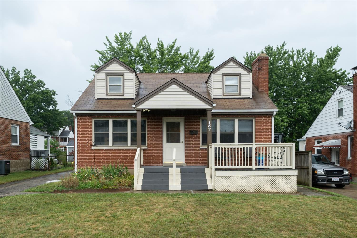 Property for sale at 157 E Crest Drive, Reading,  Ohio 45215