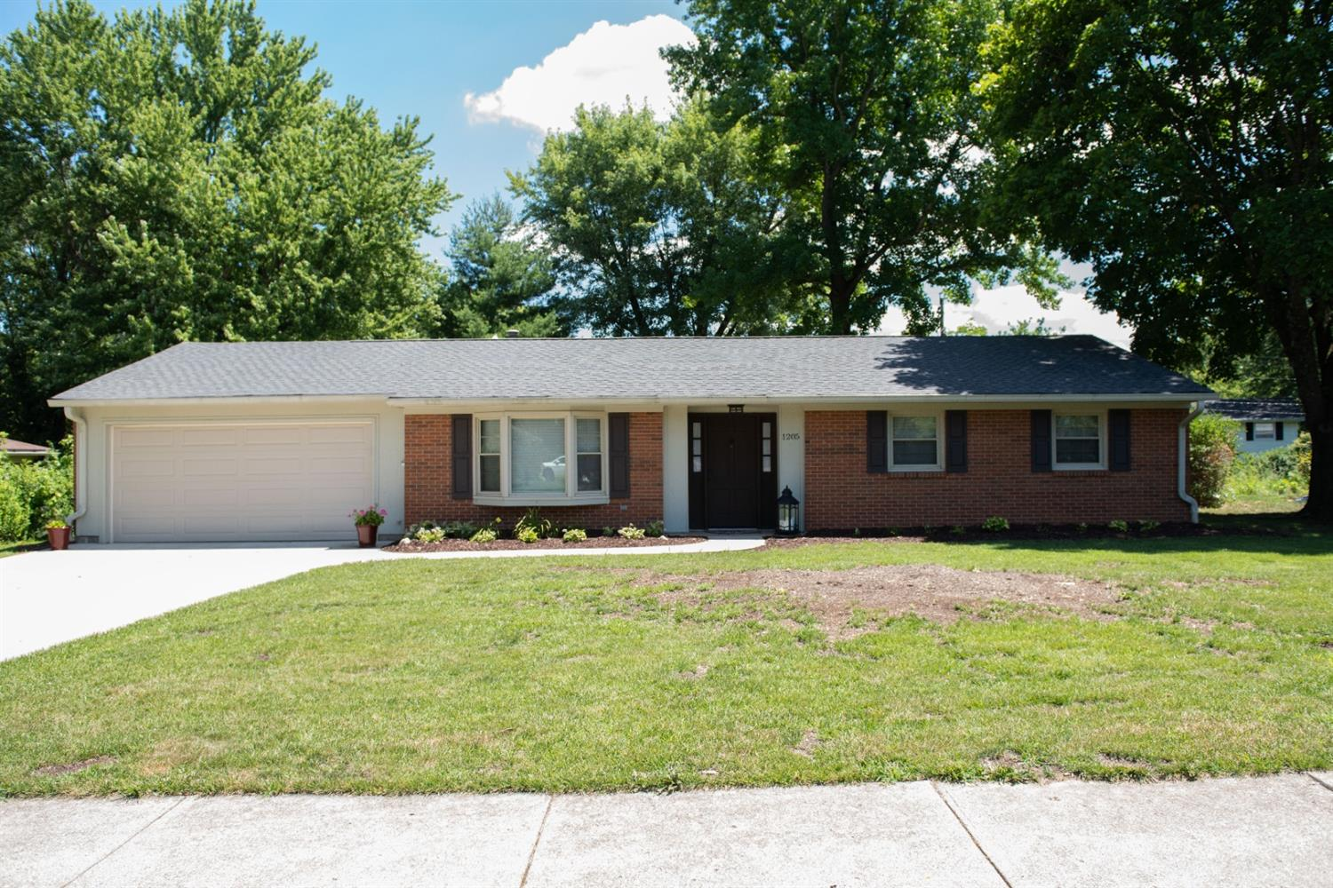 Property for sale at 1205 Dana Drive, Oxford,  Ohio 45056