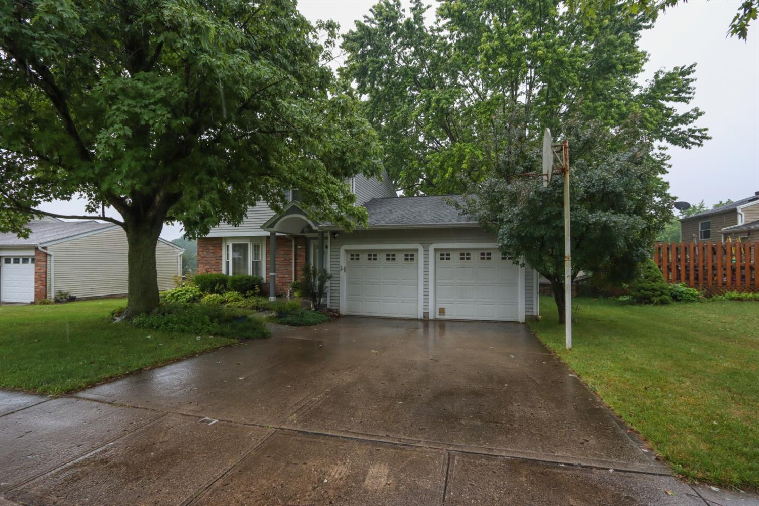 Property for sale at 725 Ridgeview Drive, Harrison,  Ohio 45030