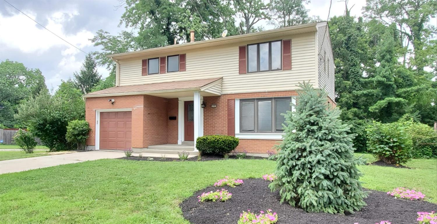 Property for sale at 978 Thunderbird Drive, Springfield Twp.,  Ohio 45231