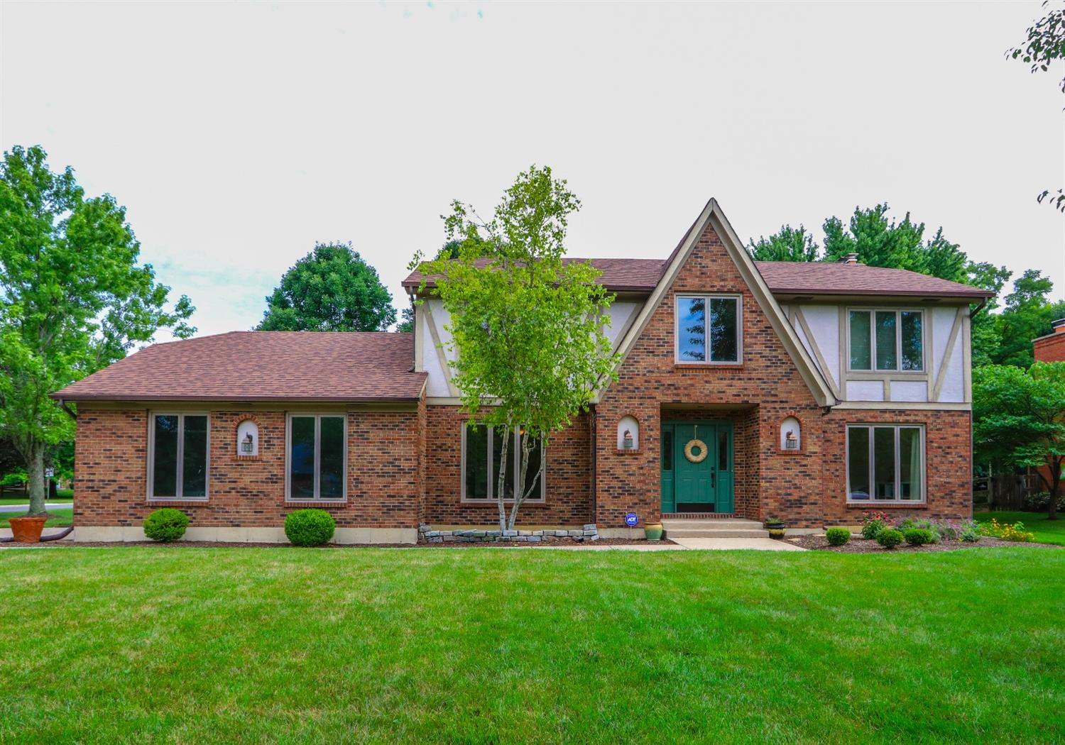 Property for sale at 8236 Maddox Drive, West Chester,  Ohio 45069