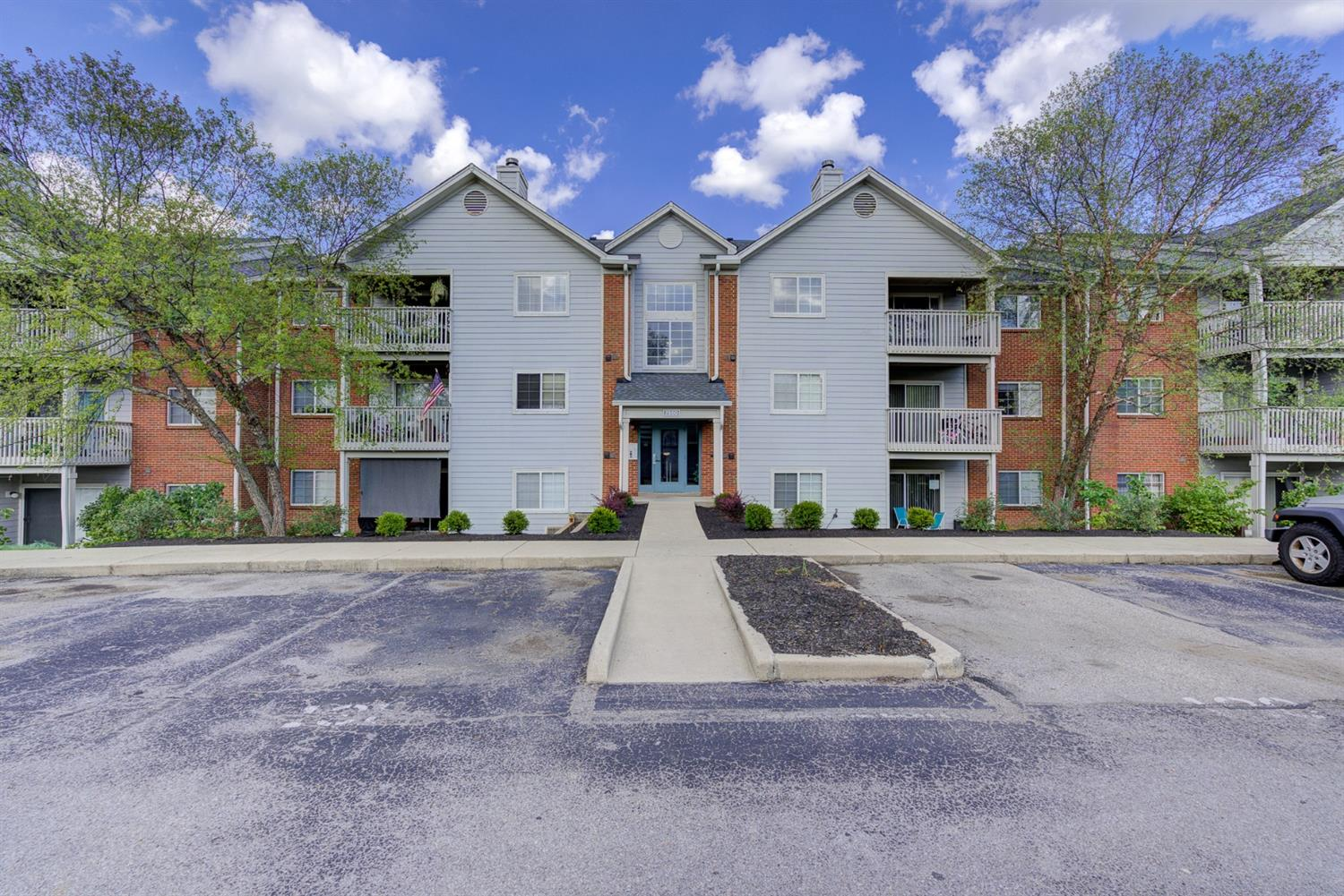 Property for sale at 7550 Shawnee Lane Unit: 351, West Chester,  Ohio 45069
