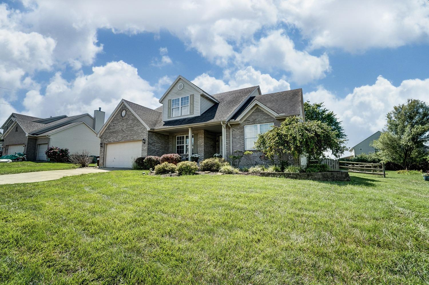 Property for sale at 5911 E Senour Drive, West Chester,  Ohio 45069
