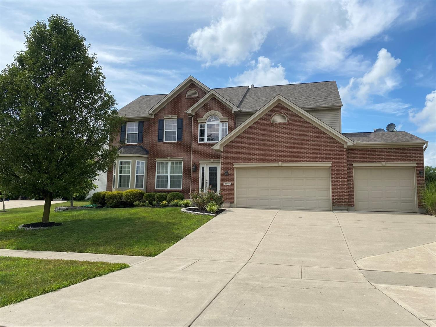 Property for sale at 5607 Creekside Meadows Drive, Liberty Twp,  Ohio 45011
