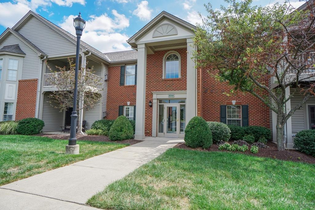 Property for sale at 8008 Pinnacle Point Drive Unit: 101, West Chester,  Ohio 45069