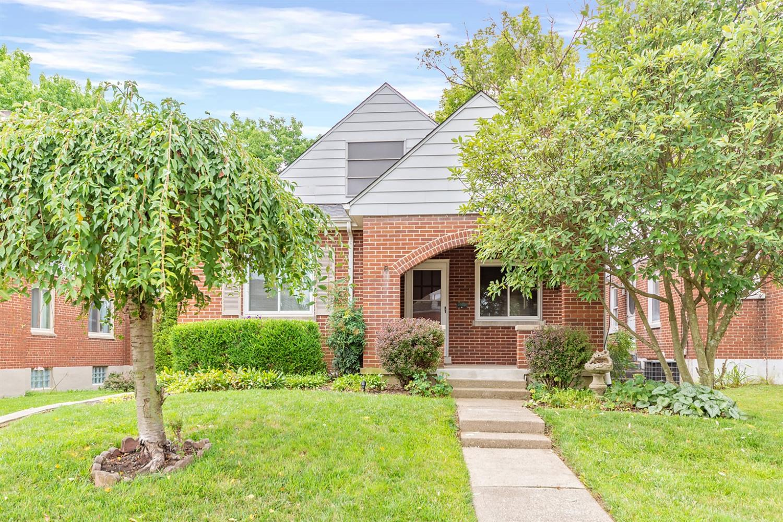 Property for sale at 3815 Superior Avenue, Silverton,  Ohio 45236
