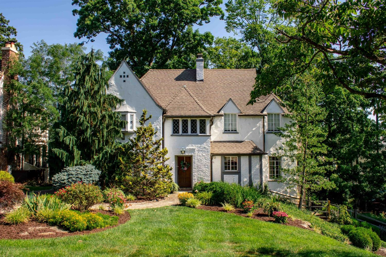 Property for sale at 3116 Victoria Avenue, Cincinnati,  Ohio 45208