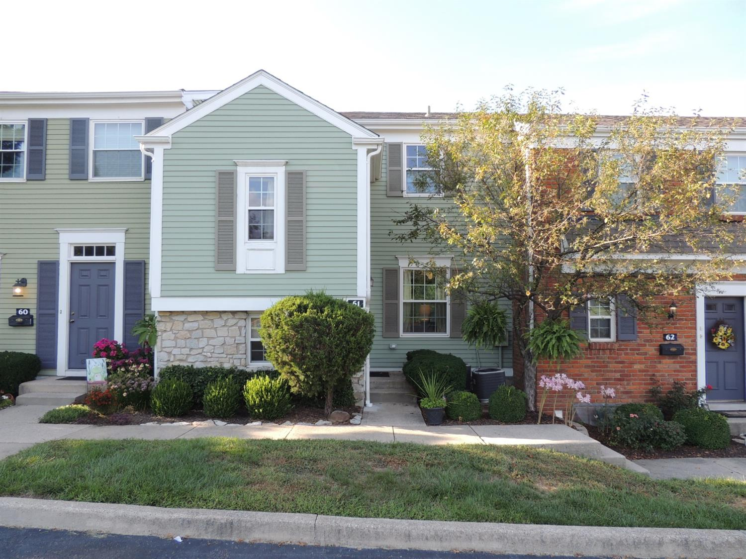 Property for sale at 61 Applewood Drive Unit: 61, Fairfield,  Ohio 45014