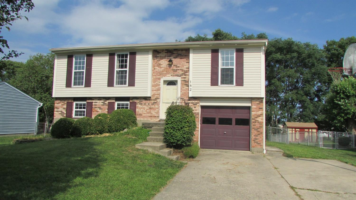 Property for sale at 182 Circle Drive, Harrison,  Ohio 45030