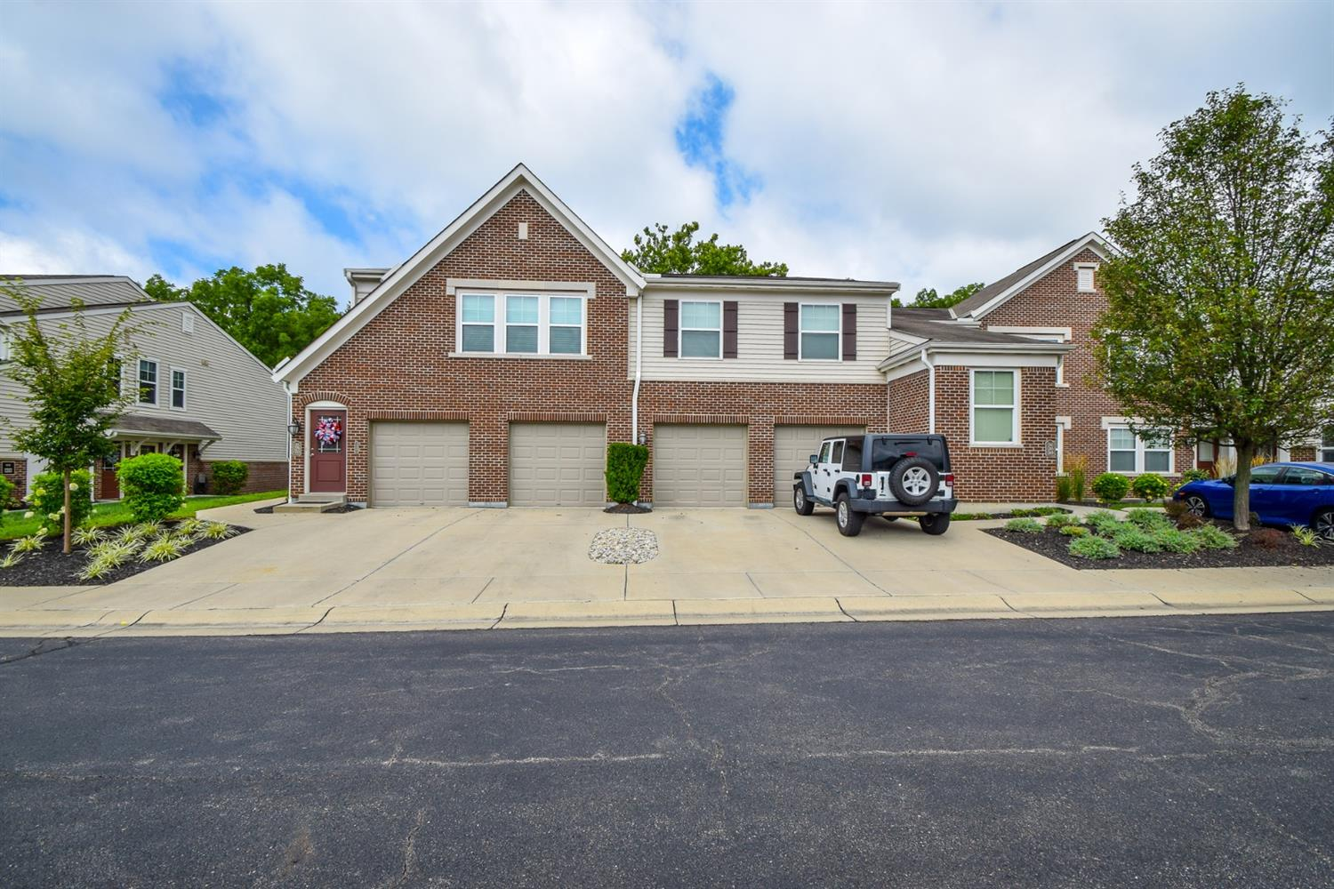 Property for sale at 1329 Double Eagle Court, Turtle Creek Twp,  Ohio 45036