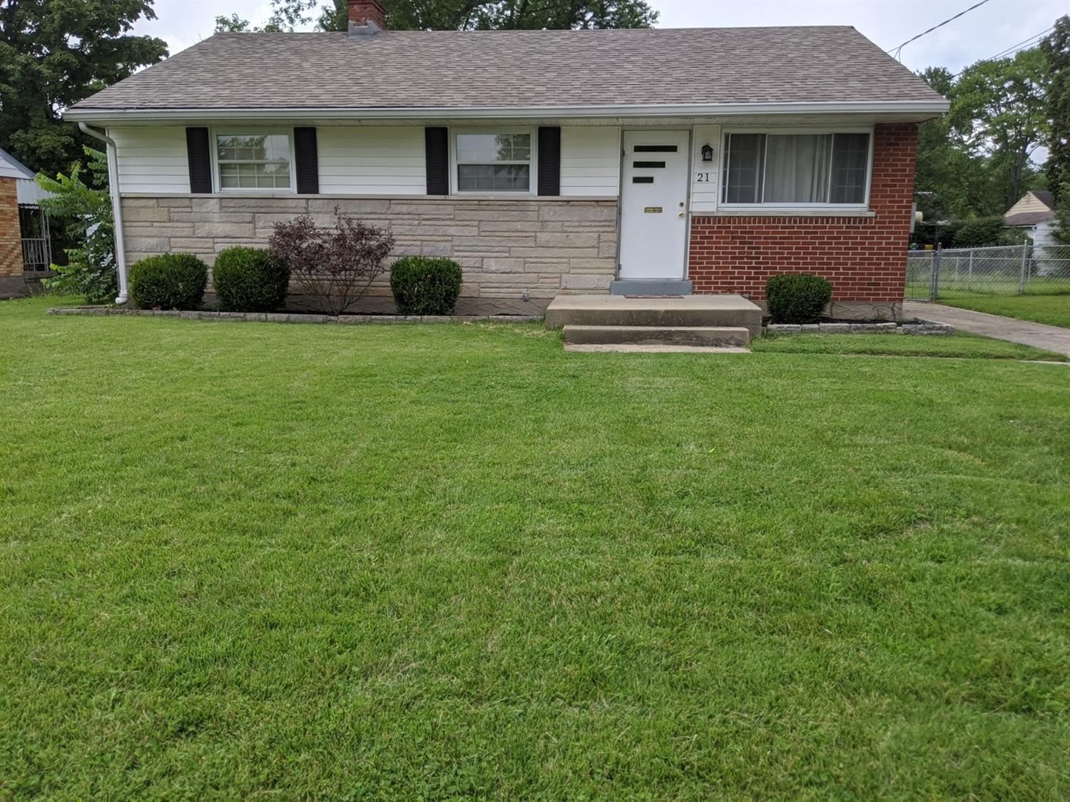 Property for sale at 21 Cemetery Road, Milford,  Ohio 45150