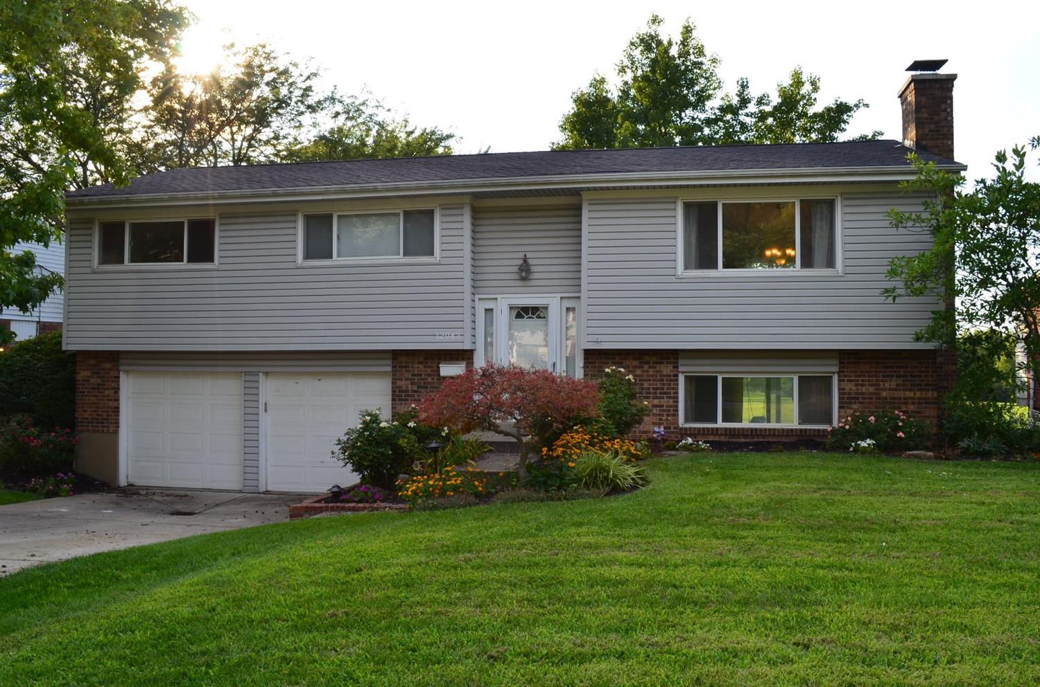 Property for sale at 12043 Elkwood Drive, Springfield Twp.,  Ohio 45240