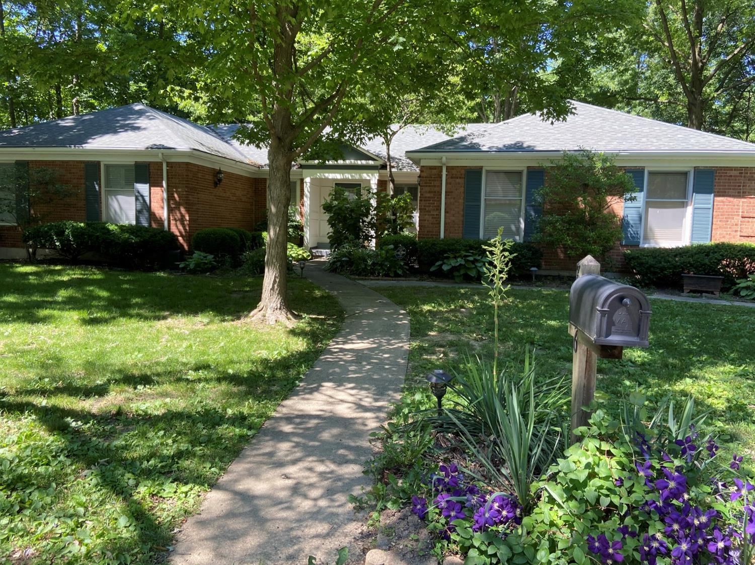 Property for sale at 8626 South Cove Drive, Deerfield Twp.,  Ohio 45039