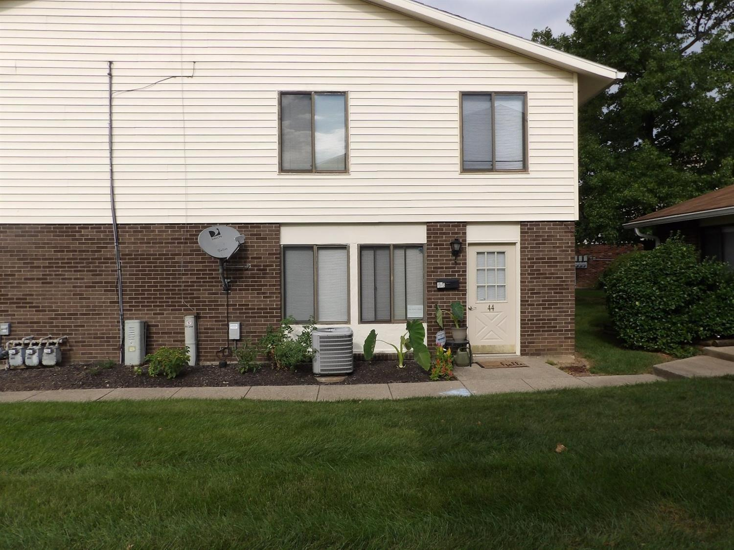 Property for sale at 44 Dusk Court, Fairfield,  Ohio 45014