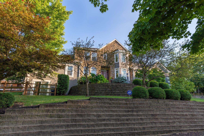 Property for sale at 5703 Windridge Drive, Madeira,  Ohio 45243