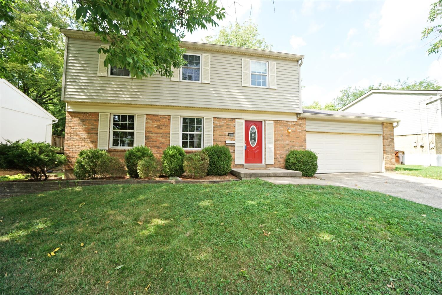 Property for sale at 12023 Elkwood Drive, Springfield Twp.,  Ohio 45240