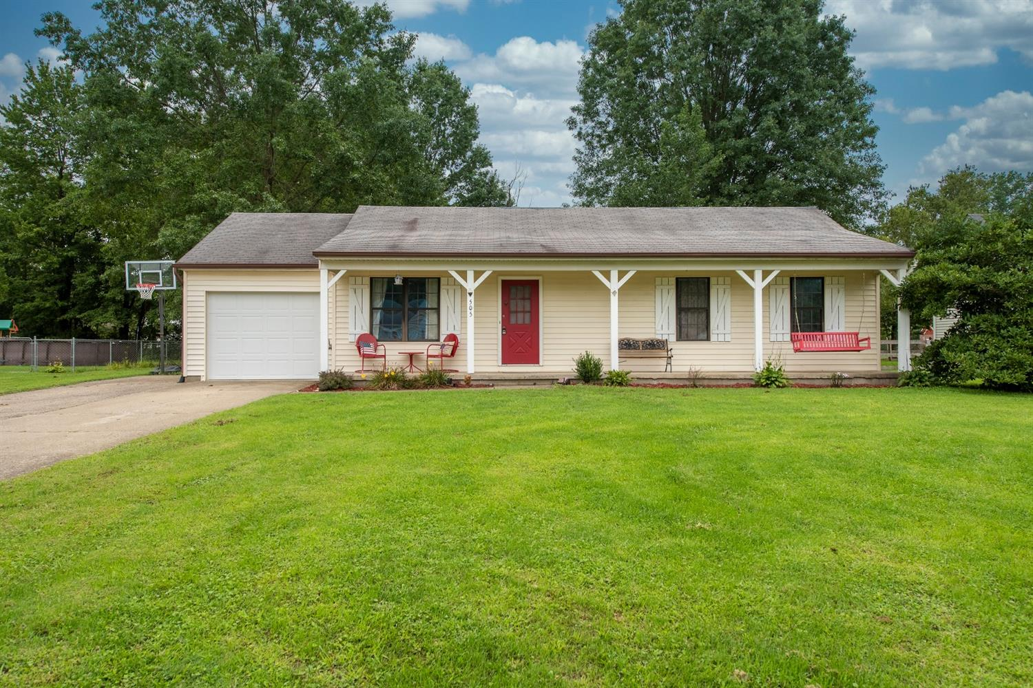 Property for sale at 505 Evans Court, Bethel,  Ohio 45106