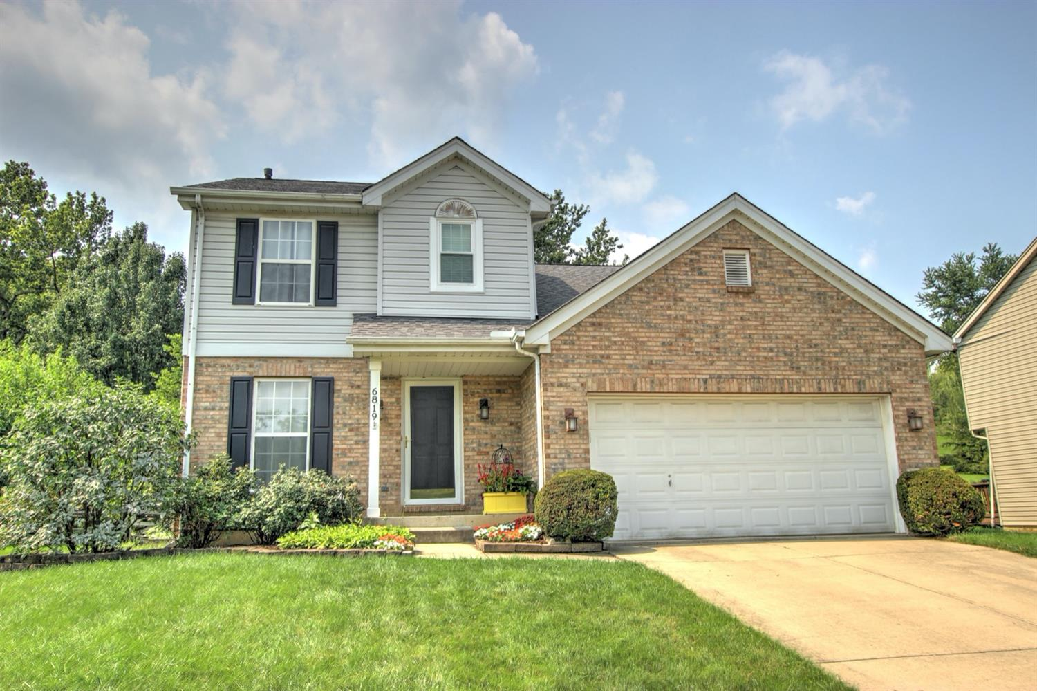 Property for sale at 6819 Autumn Glen Drive, West Chester,  Ohio 45069