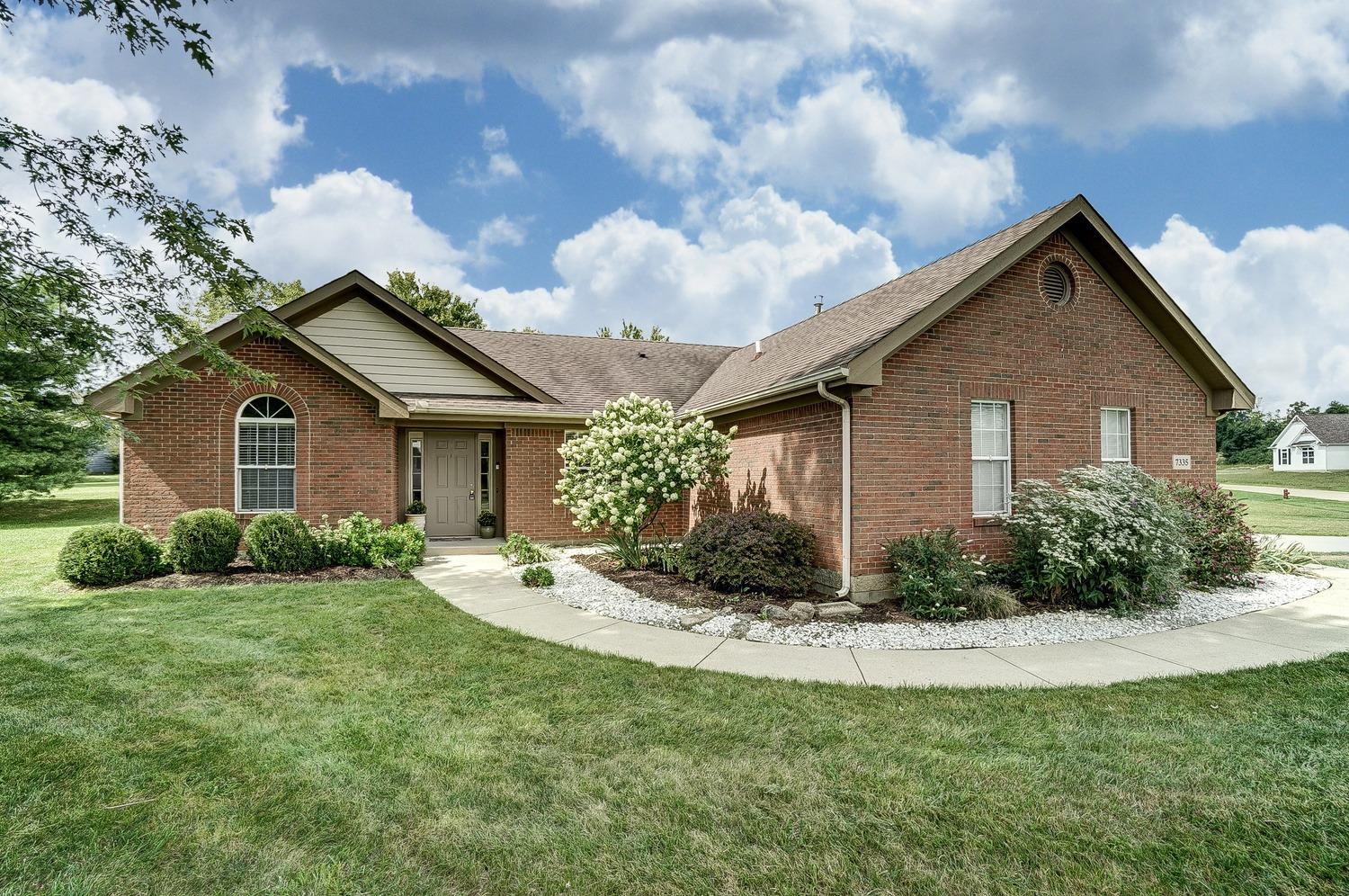 Property for sale at 7335 Larkspur Court, Clearcreek Twp.,  Ohio 45066