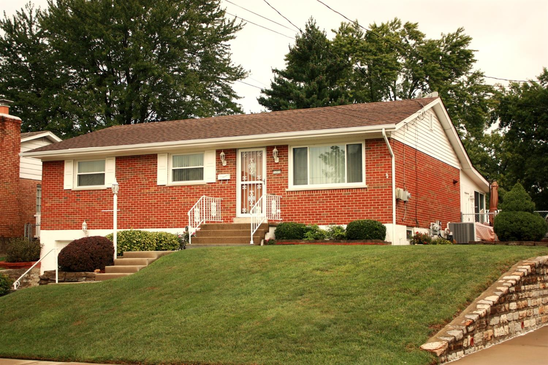 Property for sale at 5006 Donlar Avenue, Delhi Twp,  Ohio 45238