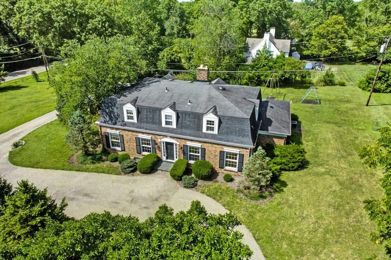 Property for sale at 6995 Dena Lane, Amberley,  Ohio 45237