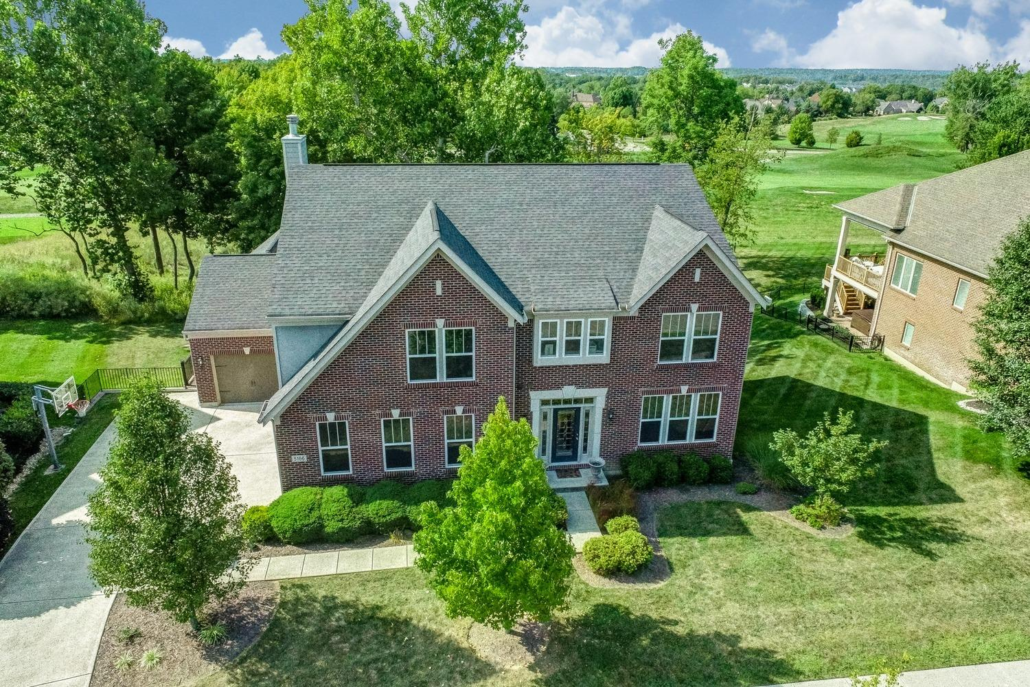 Property for sale at 5166 Emerald View Drive, Hamilton Twp,  Ohio 45039