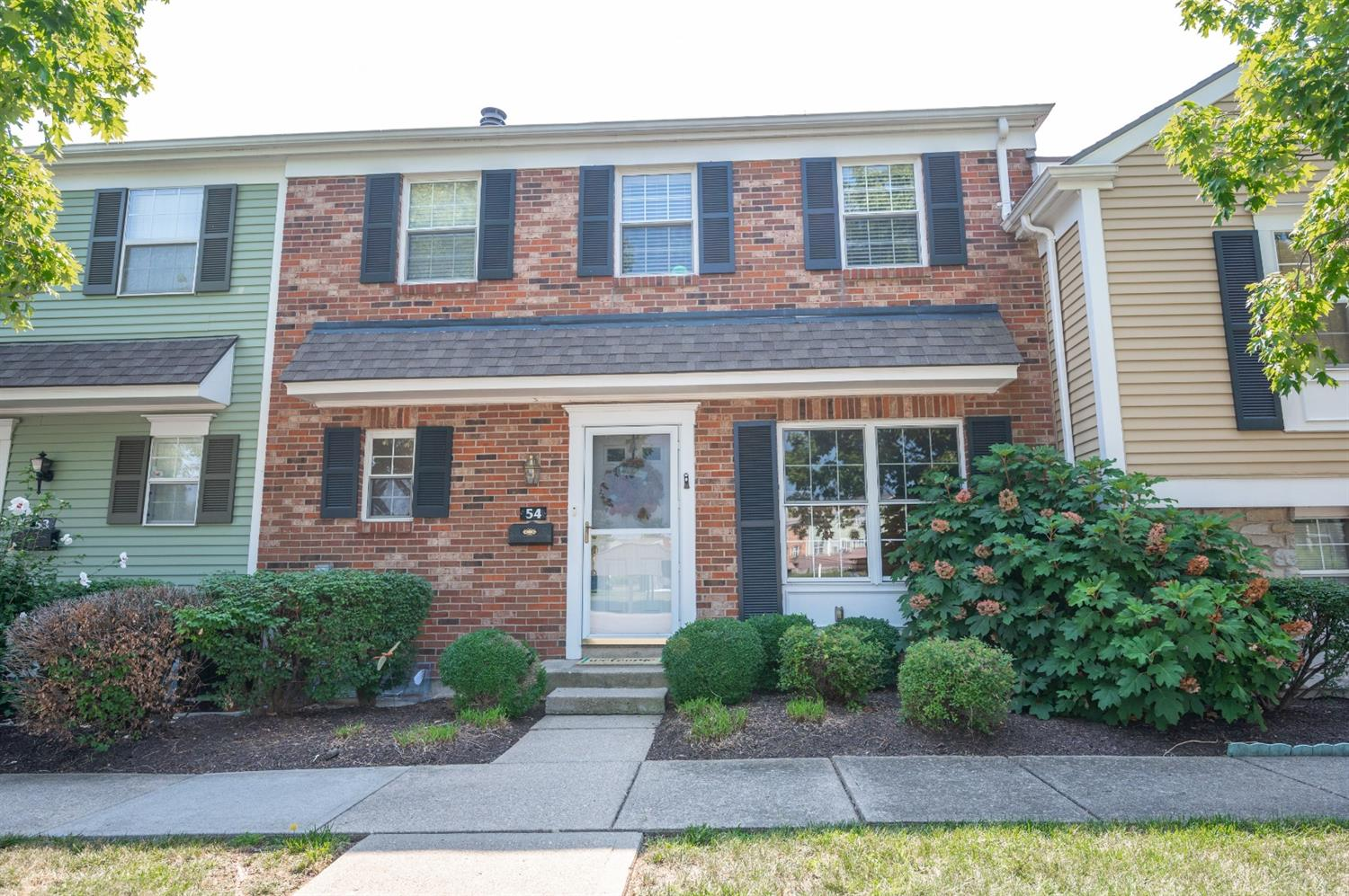 Property for sale at 54 Applewood Drive, Fairfield,  Ohio 45014