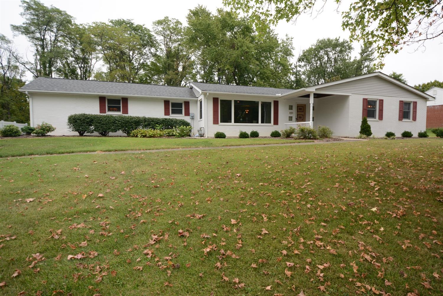 Property for sale at 8734 Woodview Drive, Springfield Twp.,  Ohio 45231