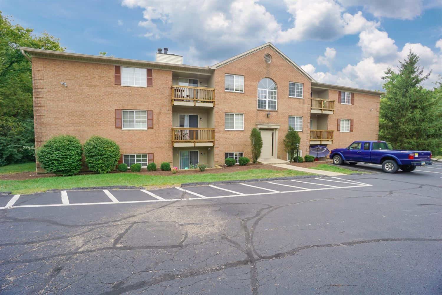 Property for sale at 1535 Gelhot Drive Unit: 147, Fairfield,  Ohio 45014