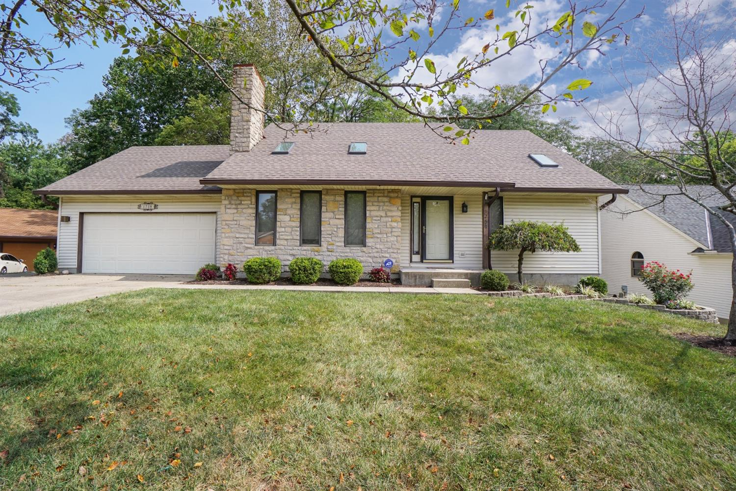 Property for sale at 1750 Aspenhill Drive, Springfield Twp.,  Ohio 45240