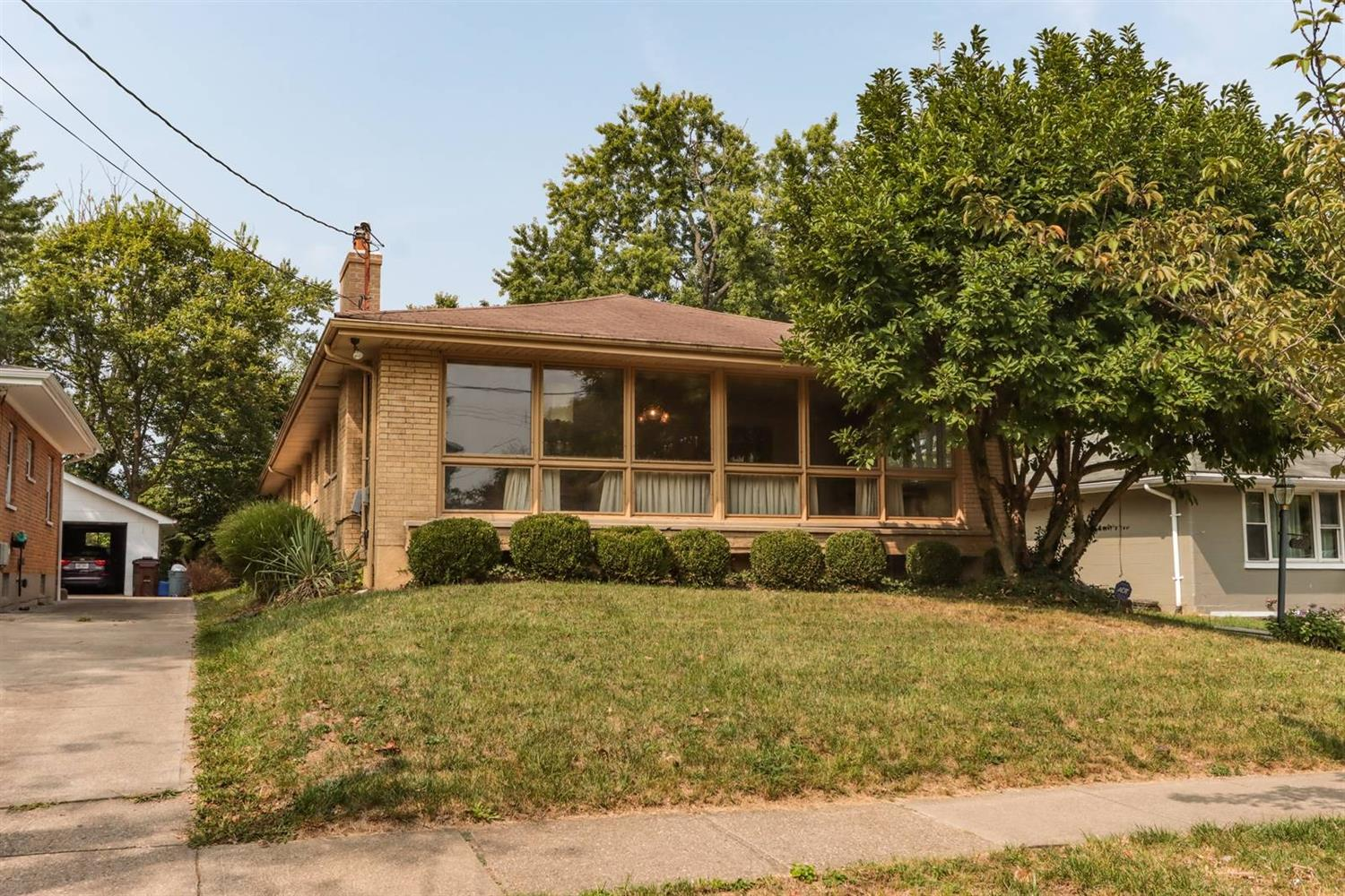 Property for sale at 1127 Burns Avenue, Wyoming,  Ohio 45215