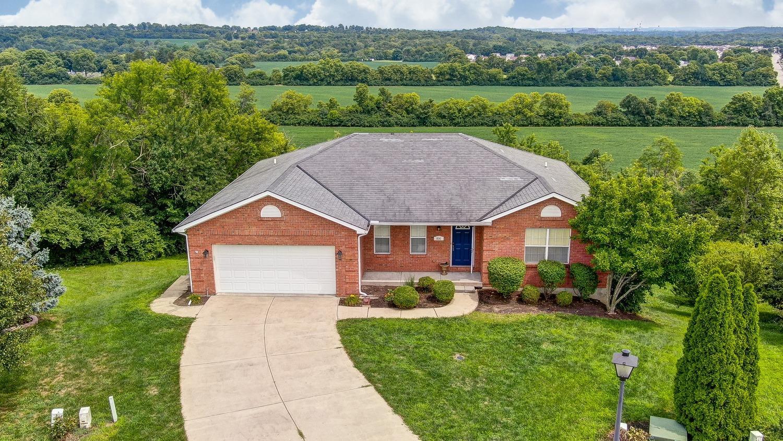Property for sale at 800 Dry Ridge Court, Trenton,  Ohio 45067
