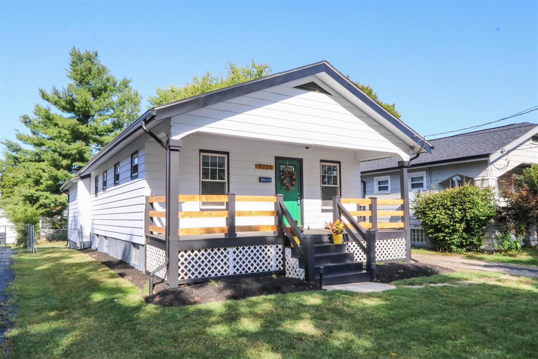 Property for sale at 7225 Delaware Avenue, Deer Park,  Ohio 45236
