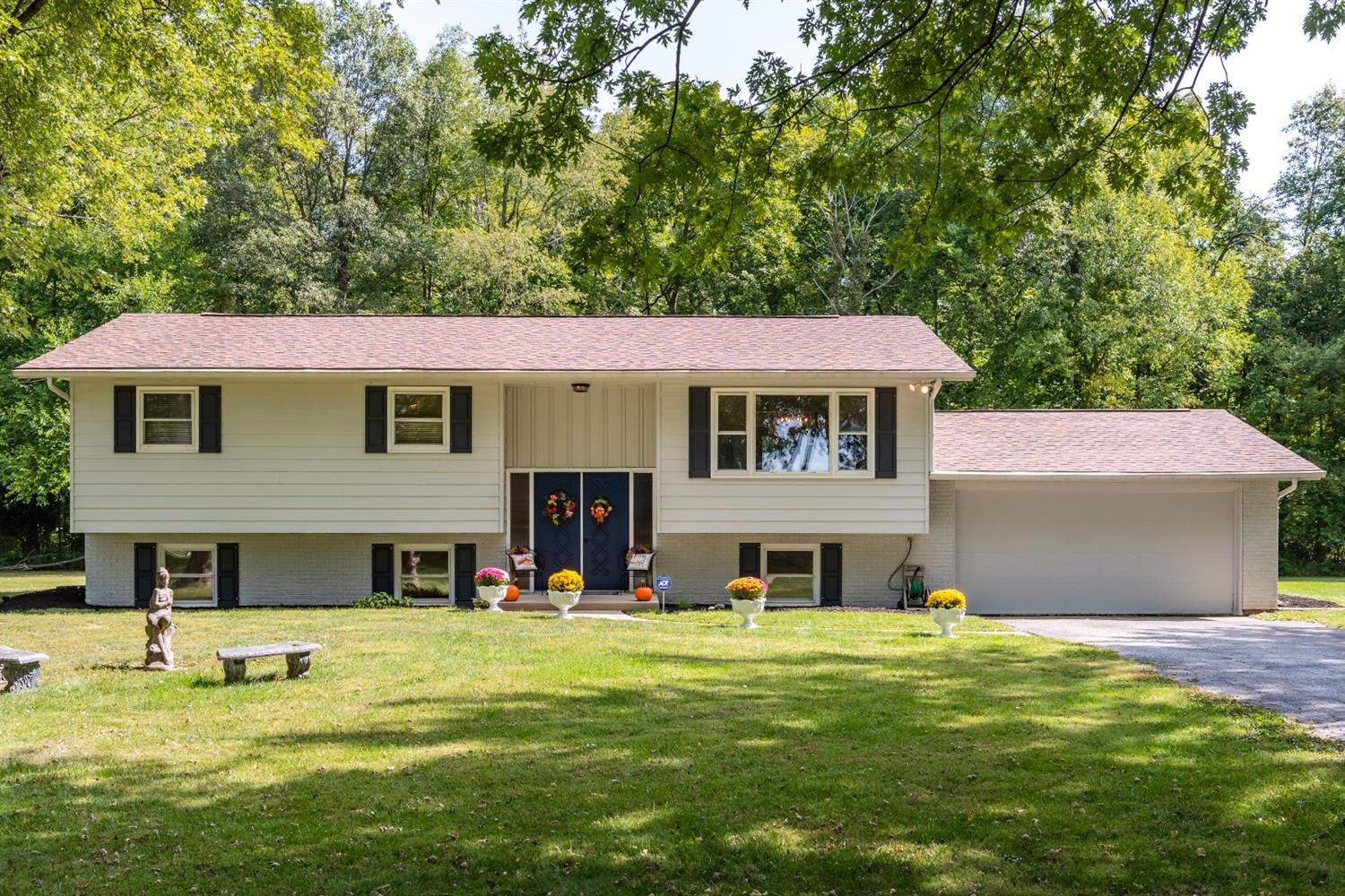 Property for sale at 620 Victory Road, Springfield Twp.,  Ohio 45504