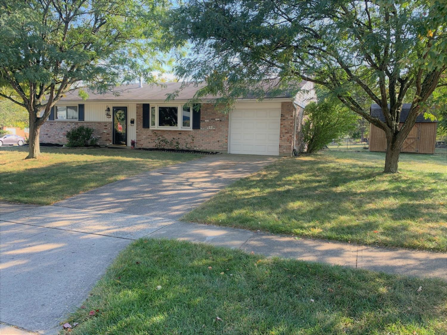 Property for sale at 141 Ruskin Drive, Springdale,  Ohio 45246