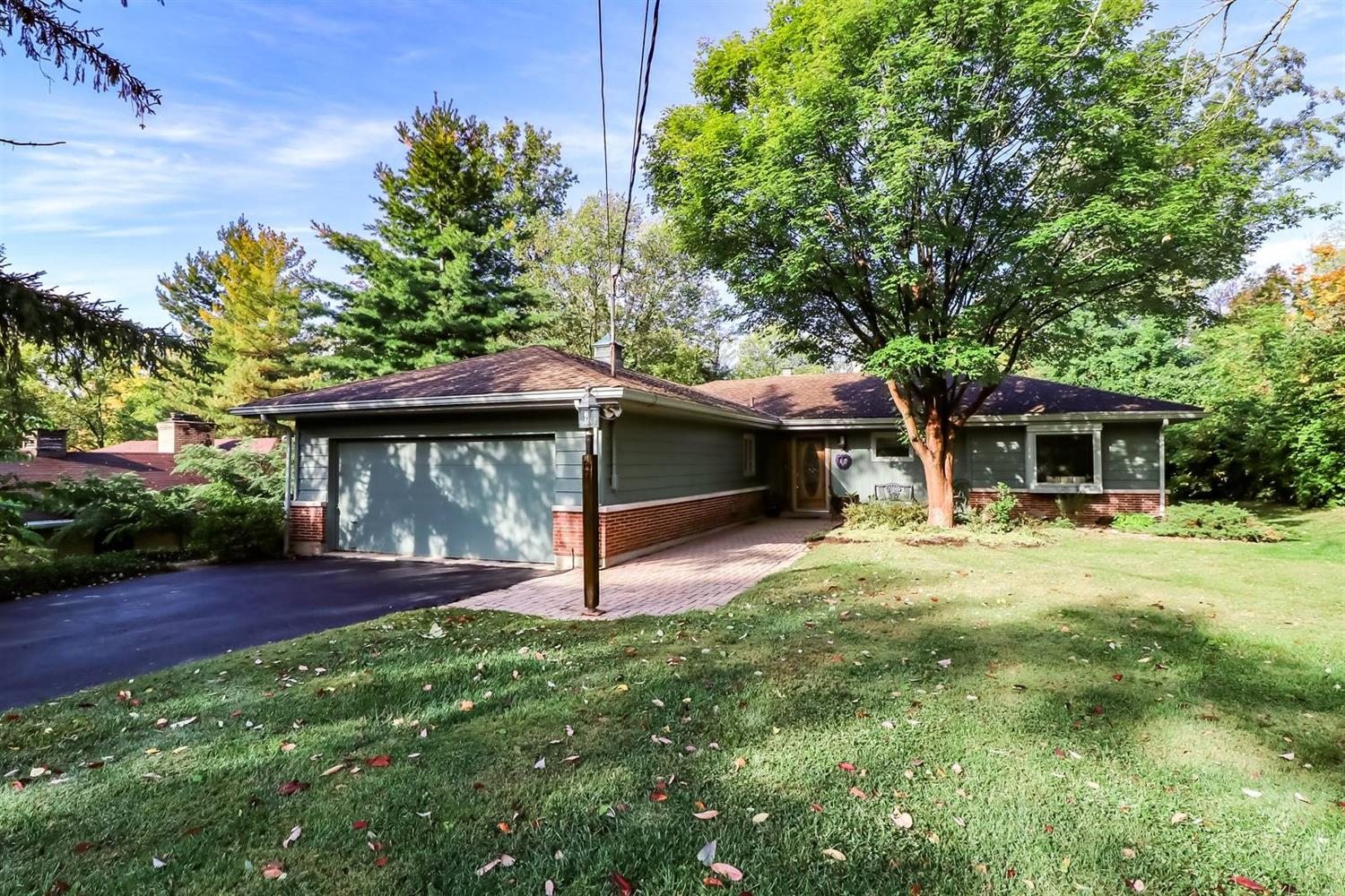 Property for sale at 8685 Long Lane, Springfield Twp.,  Ohio 45231