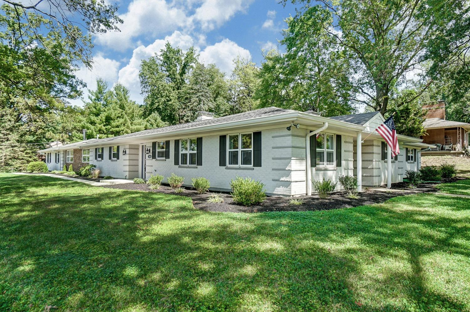 Property for sale at 3360 Lamarque Drive, Amberley,  Ohio 45236